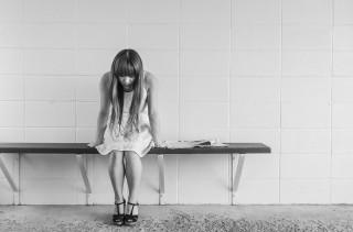 worried-girl