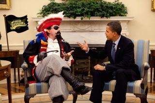 044921539-president-barack-obama-meets-s