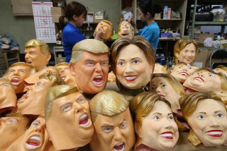 A showdown between Trump and Clinton