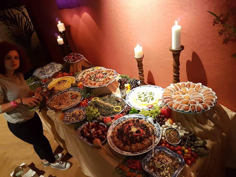Zina's Kitchen - buffet