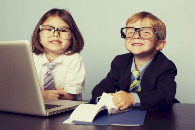 Grad scheme - kids in suits