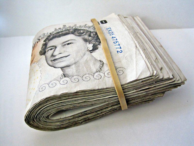 10-pound-notes