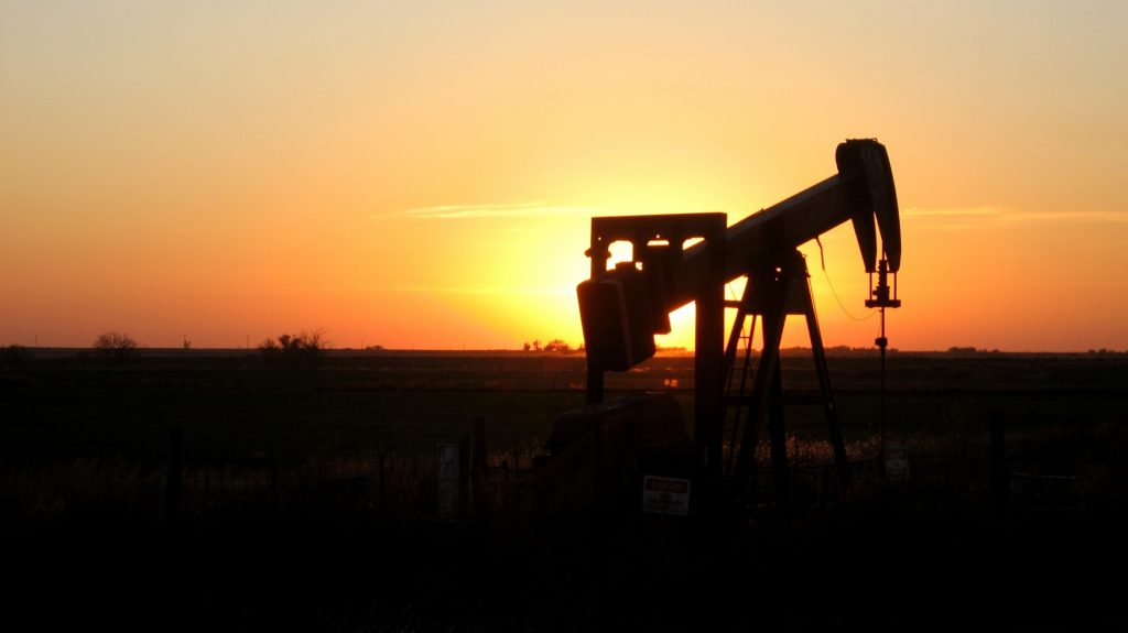 Ready......Oil price soars to highest level in years on Mideast woes