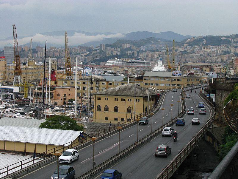 Genoa,_Italy_-_panoramio_(2)