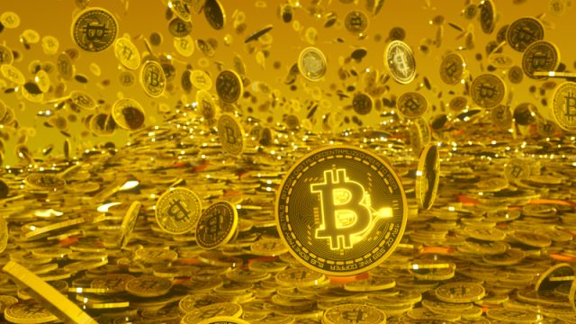 bitcoin-Bitcoins-crypto-money-gold-goldrain-1457461-pxhere.com