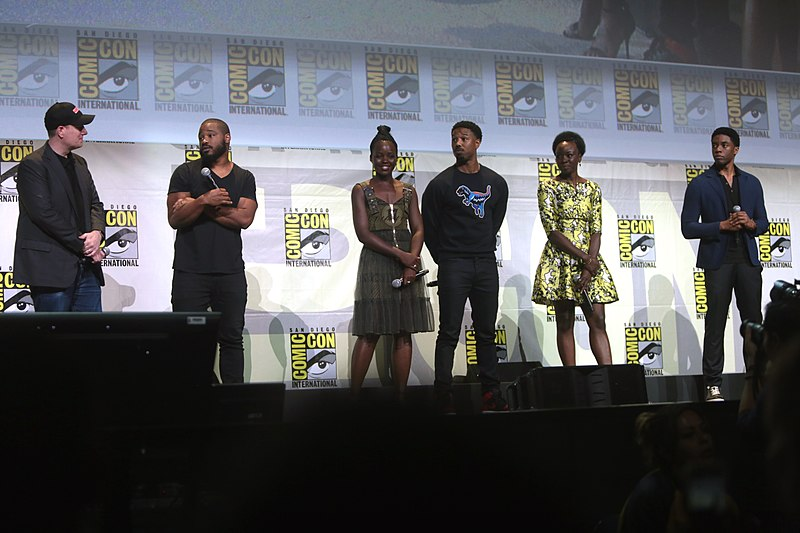 800px-Black_Panther_cast_by_Gage_Skidmore