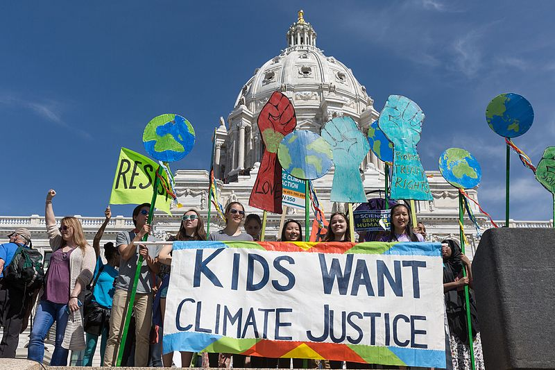 Kids_Want_Climate_Justice_(34168280266)