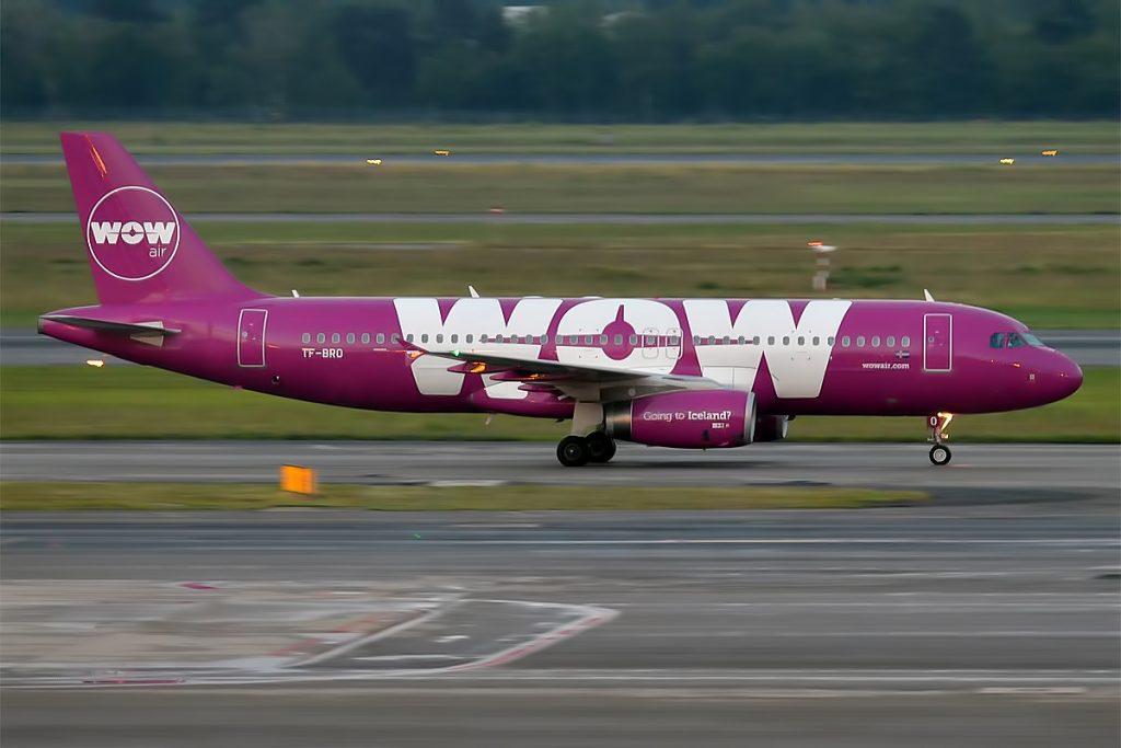 WOW_air,_TF-BRO,_Airbus_A320-232_(27839059423)