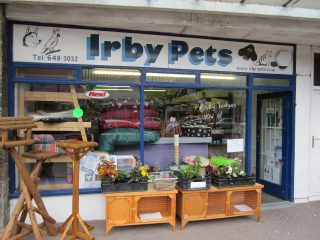 Pet_shop,_Irby_-_IMG_0882