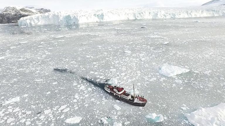 55_iceship