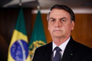 800px-Jair_Bolsonaro_em_24_de_abril_de_2019_(2)