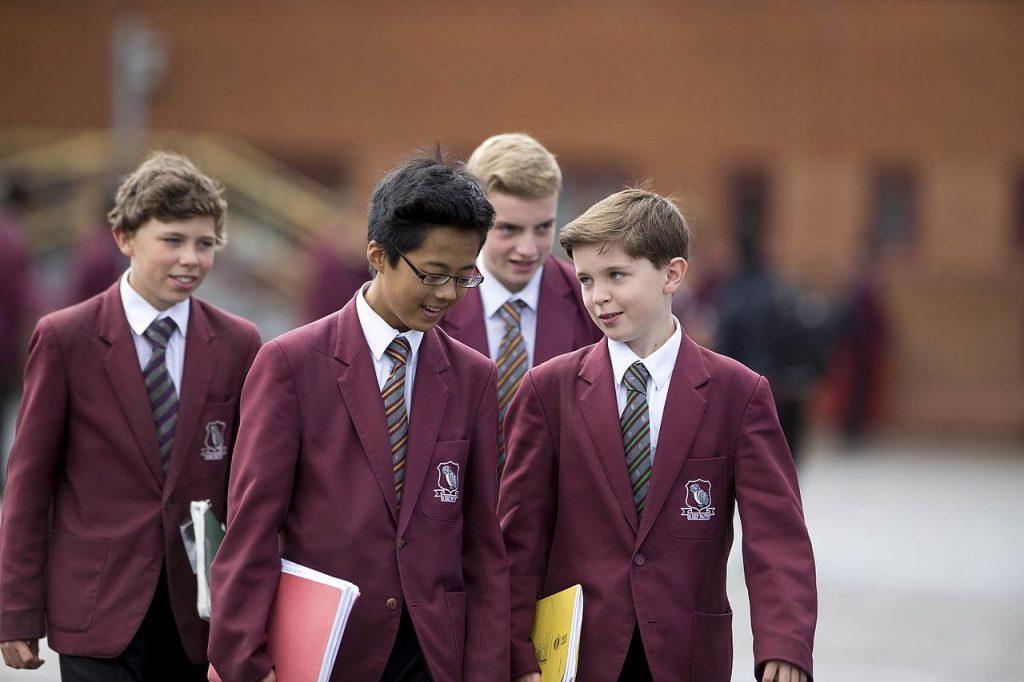 Sutton_Grammar_School_Lower_School_pupils