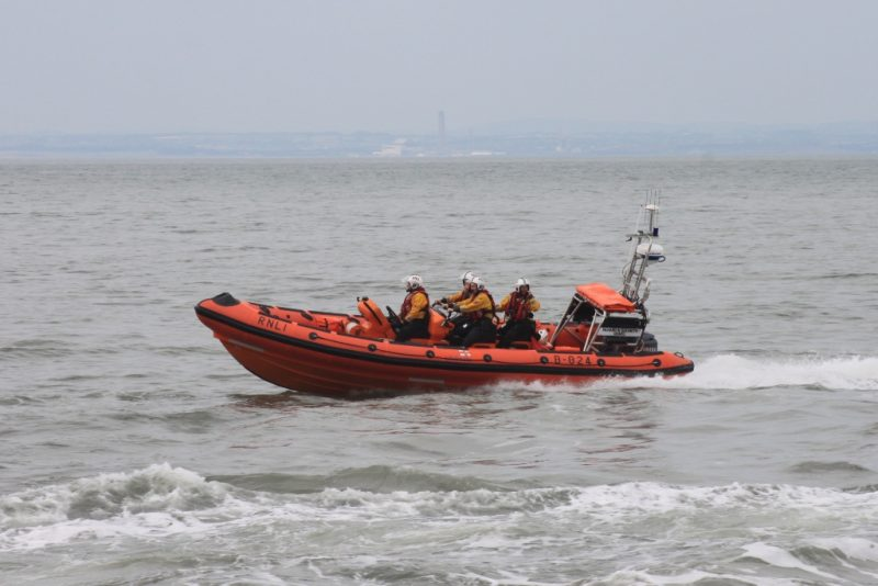 Minehead_Lifeboat_B-824_Richard_and_Elizabeth_Deaves_at_sea