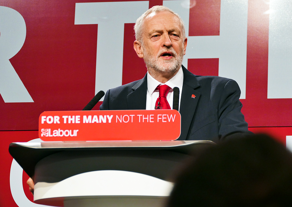 Jeremy_Corbyn_speaking_at_the_Labour_Party_General_Election_Launch_2017