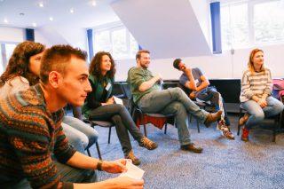 people-having-a-brainstorming-session-at-a-workshop_t20_g8ErPk